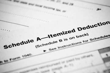 Itemizing vs. Standard Deduction: Five Tips to Help You Choose